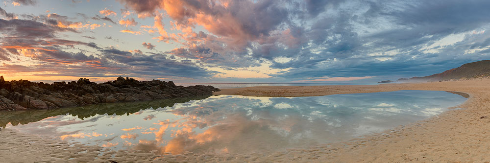 INJ15e - Injidup Beach, Mitchell Rocks